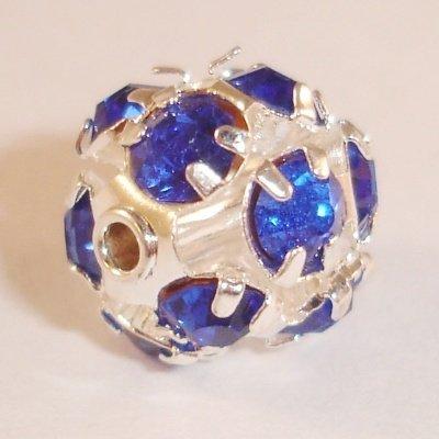 metalen strass bol 10 mm safierblauw