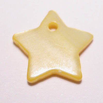 parelmoer hanger ster geel 12 mm